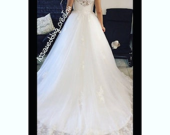 short sleeves wedding dress with full lace back bust