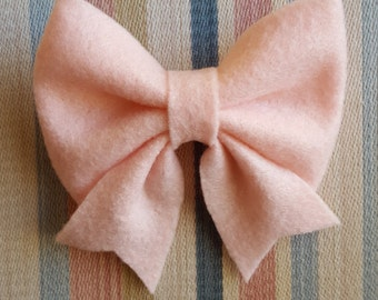Pink Clip Bow