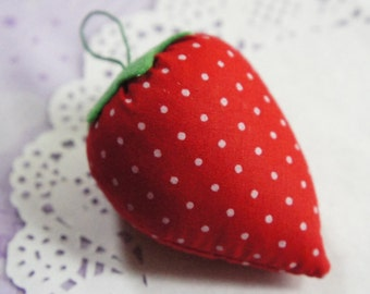 Kawaii Strawberry pincushion (1pcs)