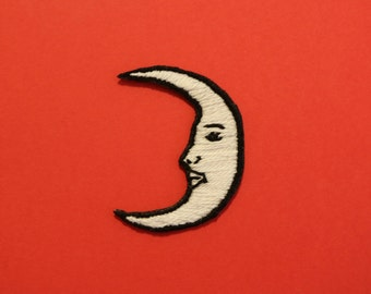 """Embroidered Patch - """" LA LUNA"""" Handmade, Iron on, Moon Patch, Loteria"""