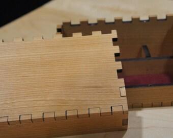 Hardwood Player Dice Tray (Enclosed)