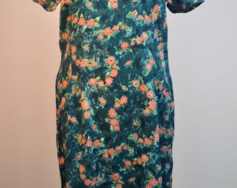 1950/60's hand made dress original. Floral pattern shift dress in blues and pinks