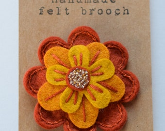 Felt flower pin/brooch - wool felt - handmade - unique pin - Copper - Orange - Yellow