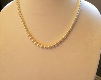 White Crystal Pearl Necklace Pearl Necklace with Swarovski Crystal Pearls
