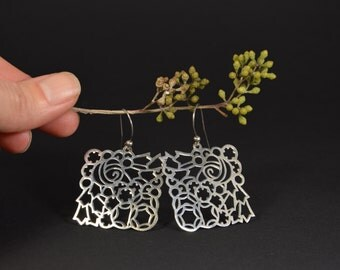 Openwork earrings, silver earrings, handmade earrings, artisan jewelry, dangle earrings, elegant earrings, gift for her, silver jewelry.