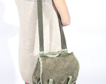 Canvas Messenger, Vintage Messenger, Military Canvas Bag 1980's, Army Green Bag, Back to School, Military Travel Bag