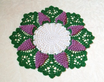 Crochet Doily with Grape Clusters Home Decor Wine Decor Knit Doily Grapevine Gift for Wine Lovers Table Decor Table Topper Table Centerpiece