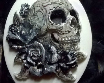 Gothic Muerto Day Of The Dead Mexican Sugar Skull Rockabilly Handmade Brooch or Hairpin Cameo