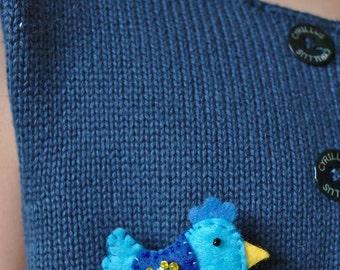 Felt brooch, hen, blue, felt jewel, blue hen, brooch