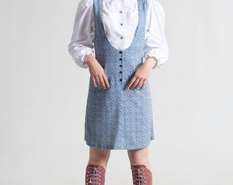 Vintage 60's pinafore in blue & white