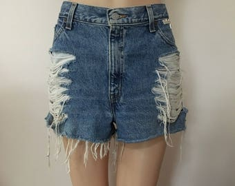 Levi's Re-worked Distressed Frayed Studded Ripped Trashed Denim Shorts Festival Boho Bohemian L Large 32