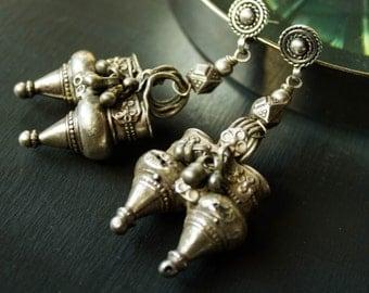 Vintage Silver Tribal Indian Earrings Silver Indian Boho Jewelry Ethnic Tribal Jewelry Indian Gypsy silver Indian earrings with Bells