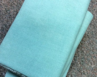 "1920's Vintage Feedsack ""That Green"" Fat Quarters Solid"