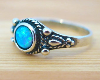 Opal ring - Opal silver ring - blue opal Ring - small opal Ring - 925 silver Opal Ring - October birthstone - Gift For Her - Opal Jewelry