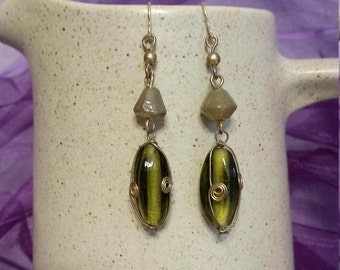 Green and Gold Swirl Glass Beads Earrings