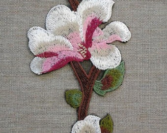 Flower embroidered patch applique