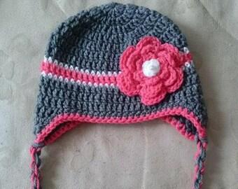 Warm Hat with Flower - Crochet