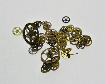 Vintage Pocket Watch and Wrist Watch Brass Gears - Small Size Cogs Lot 50+ Gears - All Gears No Filler! For Jewelry Making Steampunk