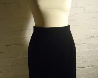 NEW price * authentic Vintage LANVIN * pencil skirt * black * fits XS * like new * Must have