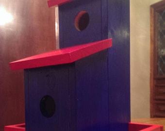 Fly-By Bed & Breakfast. Birdhouse/Feeder