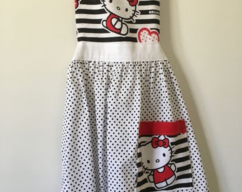 Apron in black n white with Hello Kitty fabric