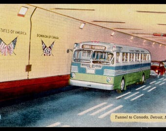 BUS Postcard  Fleetwood Tunnel PC Canada Detroit Michigan MI Transporation Travel Art Collectibles Paper Ephemera Memorabilia