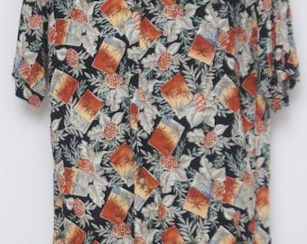 "90's Vintage ""CAMPIA MODA"" Short-Sleeve Hawaiian Shirt Sz: MEDIUM (Men's Exclusive)"