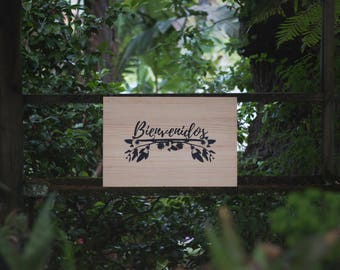 "Floral wooden ""Welcome"" sign"