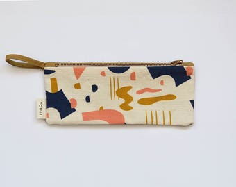 ILLUSTRATED PENCIL CASE. Cosmetic Case. Zipper Pouch. Canvas. Makeup Bag. Cotton Case. Pencil Bag. Handmade