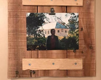 Repurposed Pallet Wood Picture Frame