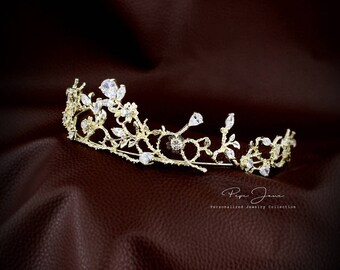 Rhinestone Bridal Tiara Zirconia flower crown Princess Wedding Tiara Crystal Bridal headpiece Dramatic headpiece Gold Tiara Silver Tiara