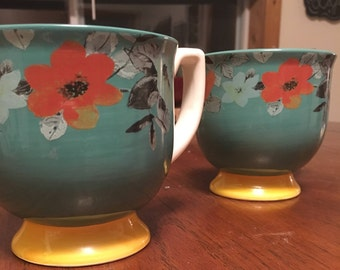 Request a Scent - Two Country Floral Mugs