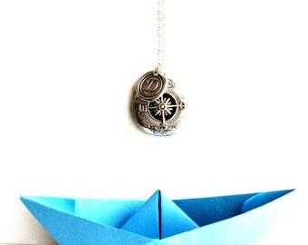 compass locket, locket necklace personalized, long distance friendship, vintage locket necklace, boyfriend initial necklace