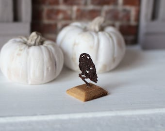Dolls House Miniature Owl Sculpture in 1:12 Scale