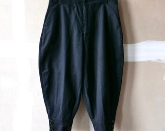 Boy's Short Dress Trousers Knickers Size 10