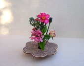 Handmade Ceramic Vase . Pottery Ikebana Flower Vessel . tan
