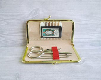 Vintage Purse Style Travel Sewing Kit