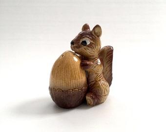 Vintage 1950's Squirrel and Acorn Salt and Pepper Shaker Set, Made in Japan