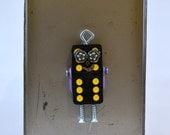 ROBOTO DOMINO MAGNET: Twelve Dot, Assemblage Art Recycled Robot Magnet