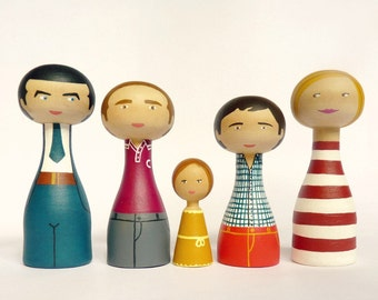 Wood Peg Family of 5 Portrait Dolls with two teenager FREE SHIPPING Personalized - Wooden hand painted father mother