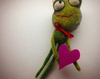 Needlefelted Smitten Frog ready to ship