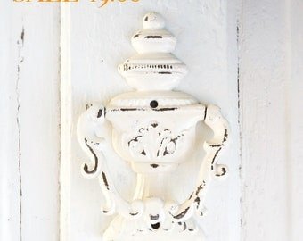 Door Knocker, Old Heirloom Creamy White, Chippy and Distressed, Housewarming Gift