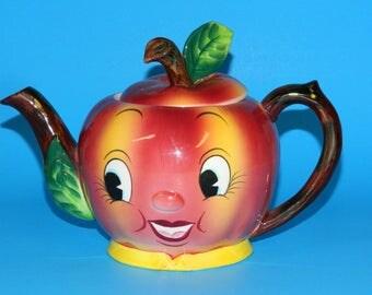 Teapot .Py Miyao Apple Vintage 1950s Anthropomorphic Tea Pot Made in Japan Coronet CrabbyCats, Crabby Cats WS3C