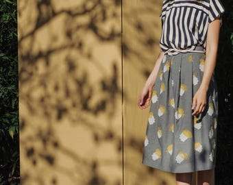 Limited edition- Full Midi pleated skirt in gray jeans cotton, silkscreen printing, with pockets
