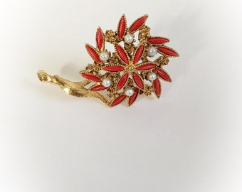 Vintage Faux Coral and Pearls Gold Tone Flower Brooch