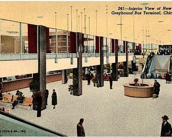 Chicago Vintage Postcard - Chicago Greyhound Bus Terminal (Unused)