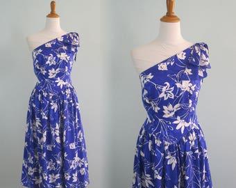 Fabulous 80s Silk One Shoulder Sundress - Vintage Blue and White Floral One Shouldered Dress - Vintage 1980s Dress L