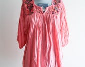 Coral pink ethereal embroidered floral crochet blouse OS sz. Medium / Large