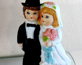 Vintage Wedding Cake Topper Bride Groom Figurine Porcelain Top Hat Pink Roses White Blue Pink Ceramic