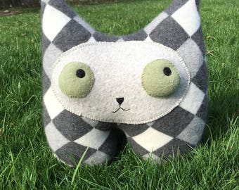 Gary the Gray argyle Cat Plush hand made recycled repurposed cashmere sweater felted sage popping eyes green pointy ears cashmere felt